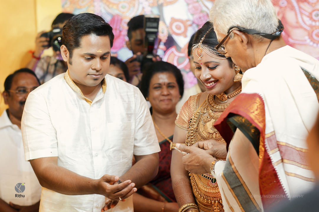 kerala hindu wedding photography poses
